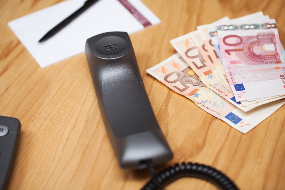 Limit pagaments en efectiu Llado Grup