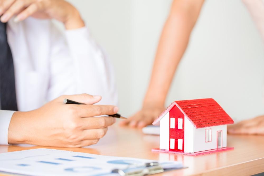 Deducció per habitatge i separació Llado Grup